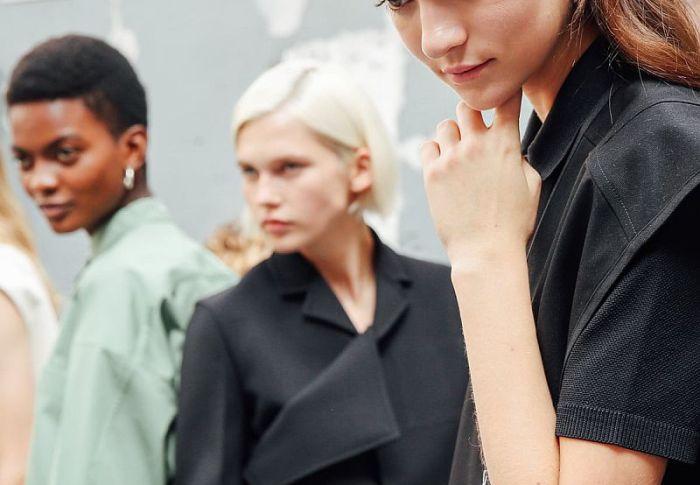 10 ιδέες για το πιο κομψό μίνιμαλ στυλ ντυσίματος