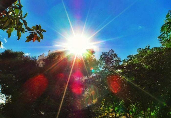 Καιρός: Ηλιοφάνεια σχεδόν σε όλη τη χώρα