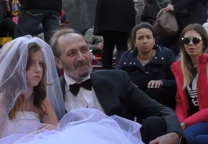 ΗΠΑ: Νυφοπάζαρο ανηλίκων – Παντρεύουν ακόμη και 10χρονα κορίτσια