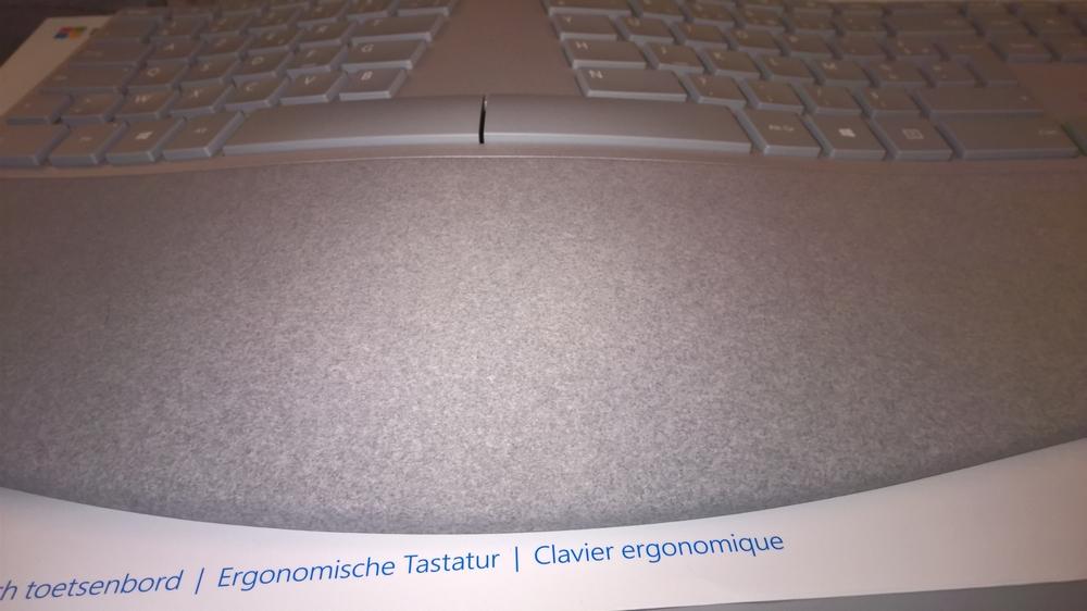 Ergonomic_Keyboard_10