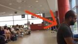 Όταν Κάθισε στο Πιάνο του Αεροδρομίου όλοι τον Κοίταξαν με Περιφρόνηση. Μόλις ξεκίνησε να Παίζει; Μάγεψε τους Πάντες!