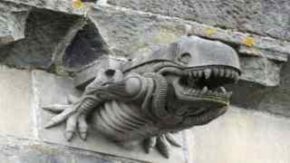 Γκαργκόιλ σε μονή της Σκωτίας του 13ου αιώνα μοιάζει εκπληκτικά με το «πλάσμα» από την ταινία Alien (Βίντεο)