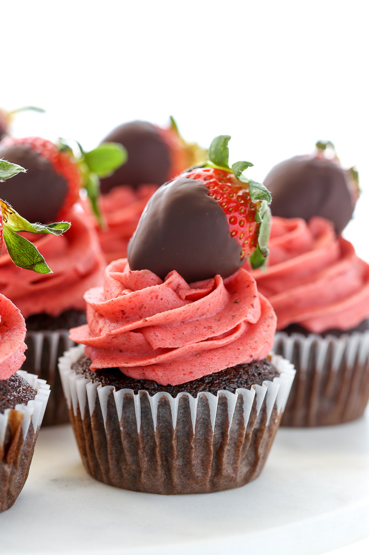 Chocolate Covered Strawberry Cupcakes Live Well Bake Often