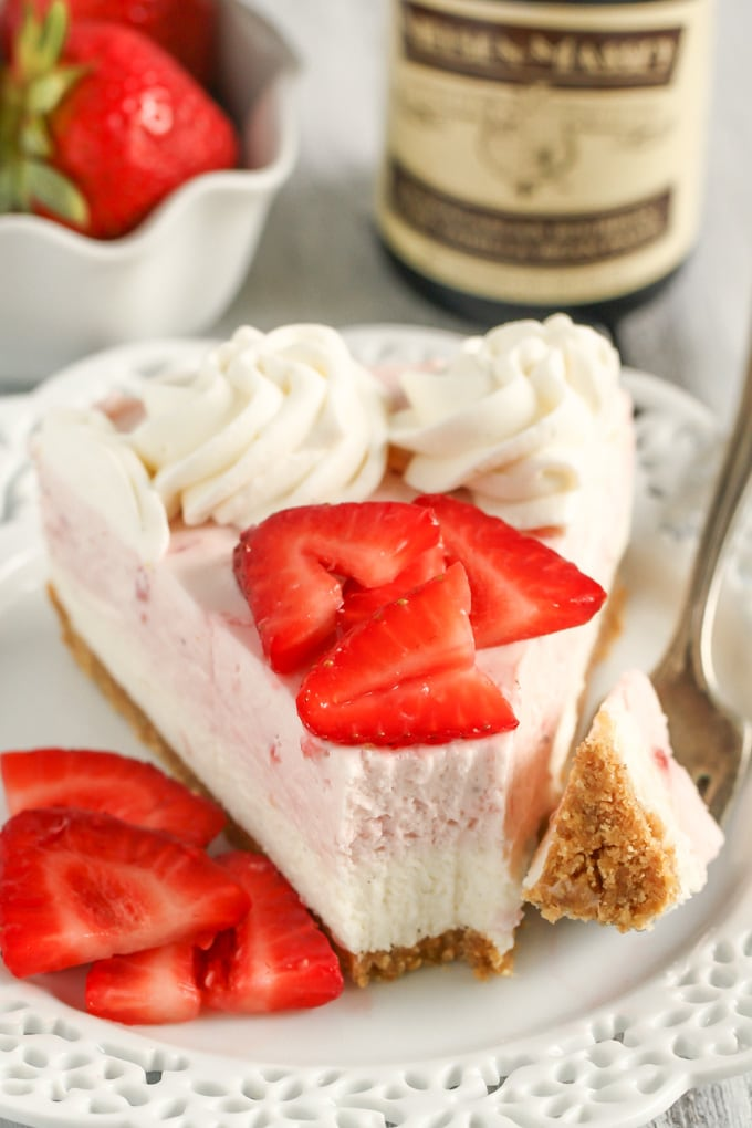 Layered No-Bake Vanilla Bean Strawberry Cheesecake-2