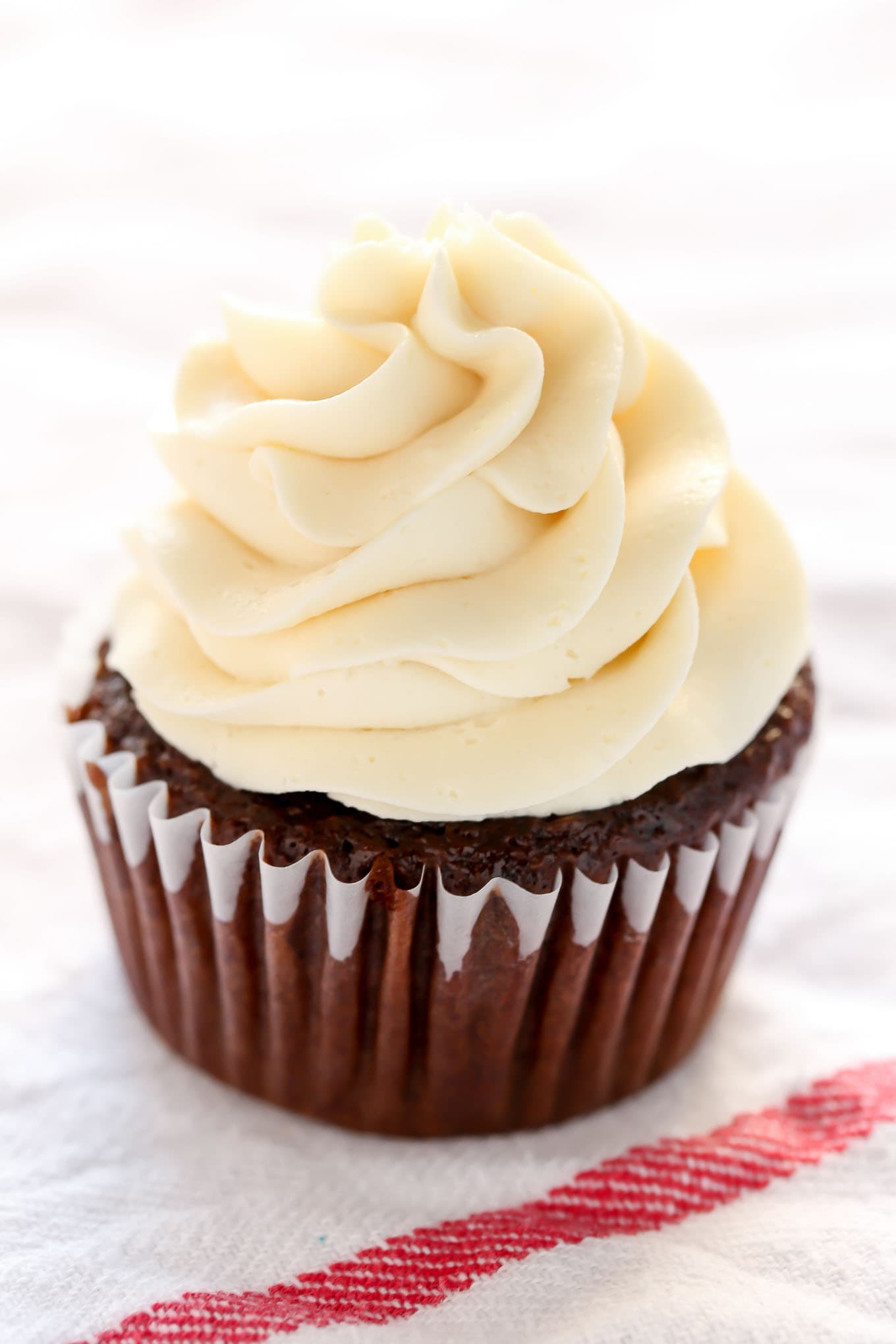 How to make chocolate buttercream without icing sugar