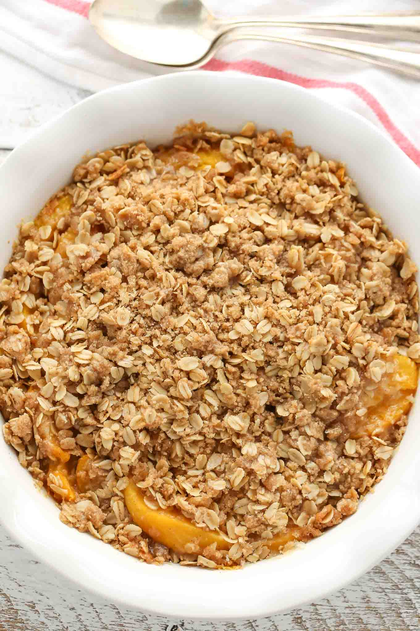 An easy Peach Crisp made with fresh, juicy peaches and a delicious crispy topping.