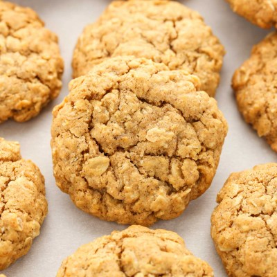 Soft and Chewy Pumpkin Oatmeal Cookies