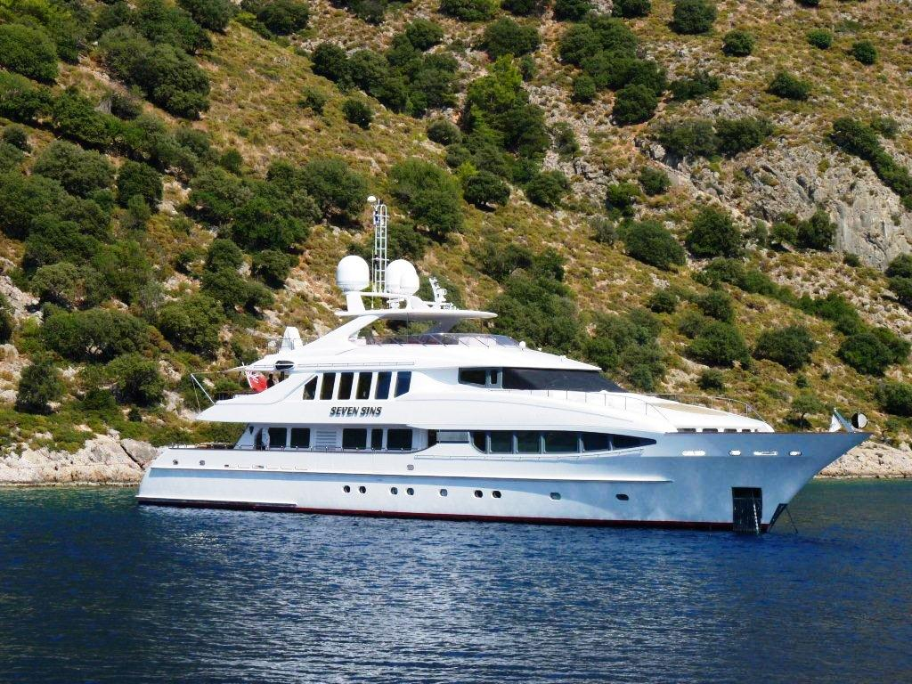 135 Charter Yacht Seven Sins On Anchor Superyachts News