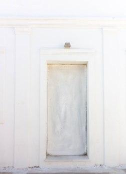 greece-white-door-santorini