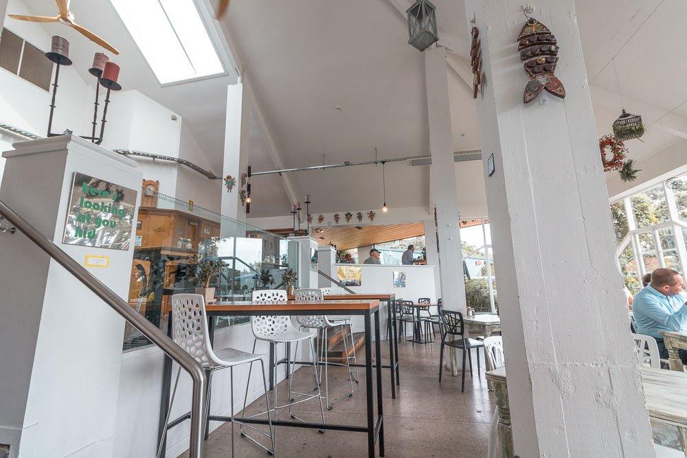 kowhai-cafe-decor