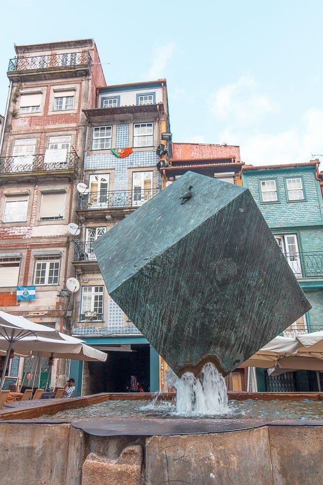 porto sculpture