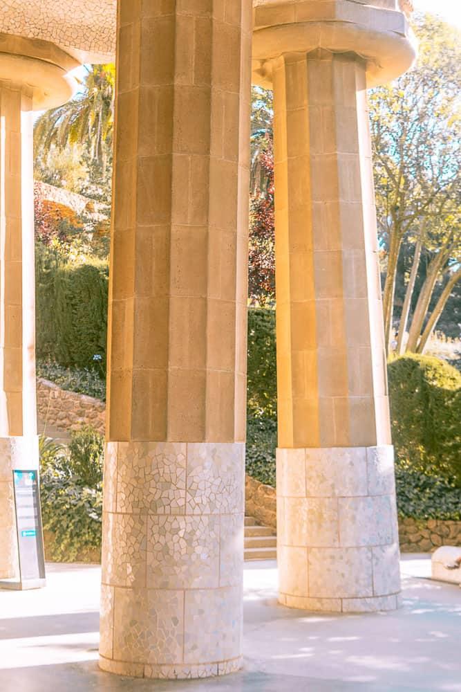 barcelona park guell_-columns