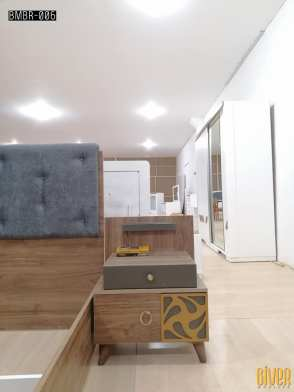 """غرفة مميزة من بيفر موبيليا: """"Opulence"""". موديل جديد رااقي وفخم. 😍👌 ⭐️ سرير منجد (150*200) بقاعدة قابلة للفتح +خزانة حجم كبير، باب جرار + 2 كوميدين + شوفونير. ⭐️ فخامة استثنائية بيعكسها الموديل السادة بحوافه القوية والظاهرة، وبالوانها المحروفة والمريحة للعين غرفة اوبيولانس مثالية لتعكس حسن اختيار صاحبها 💯. ⭐️ تميزنا بانفراد التصميم وجودة لا نظير لها."""