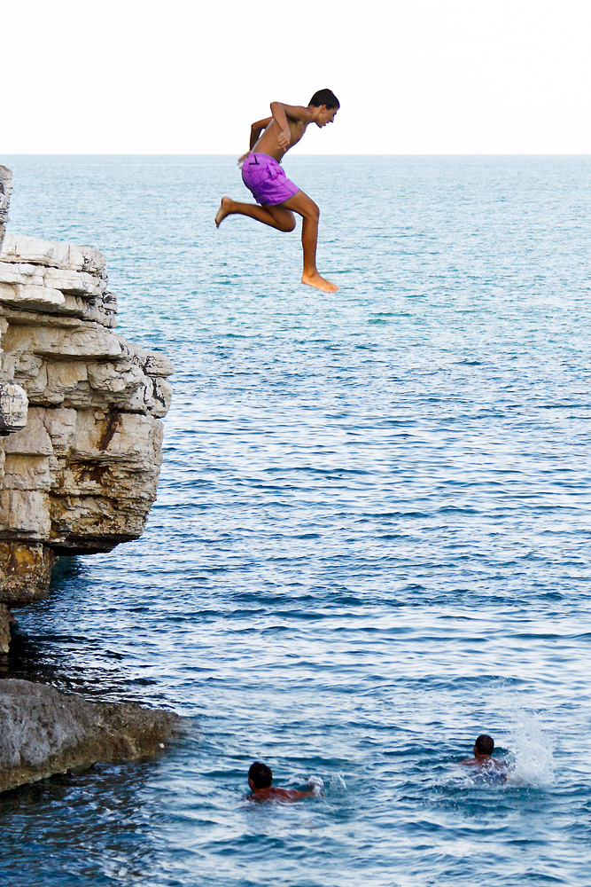 Jumping in the Sea by Castgen