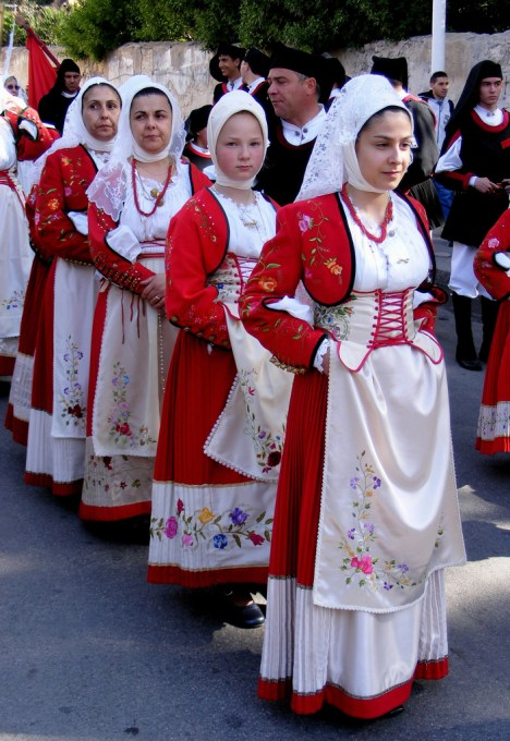 Traditional dress in Macomer