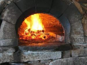 Pizza oven by Bob Travis