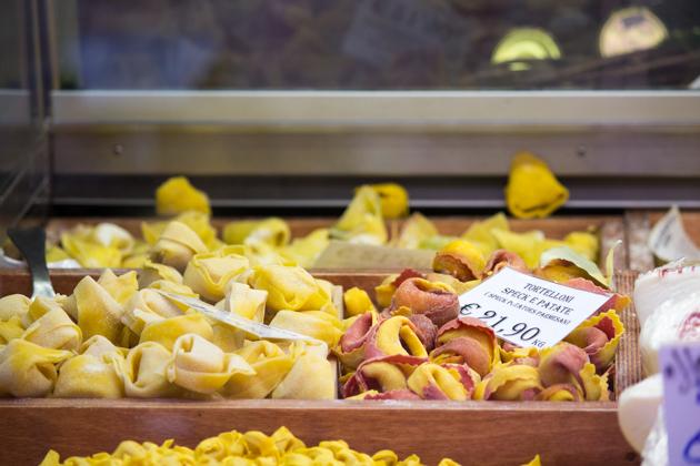 Tortelloni (stuffed fresh pasta)