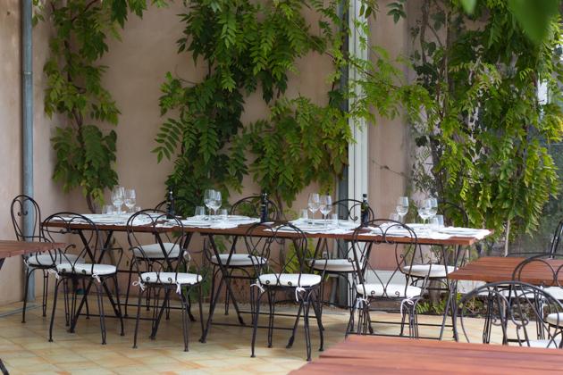 Dining al fresco at La Foresteria
