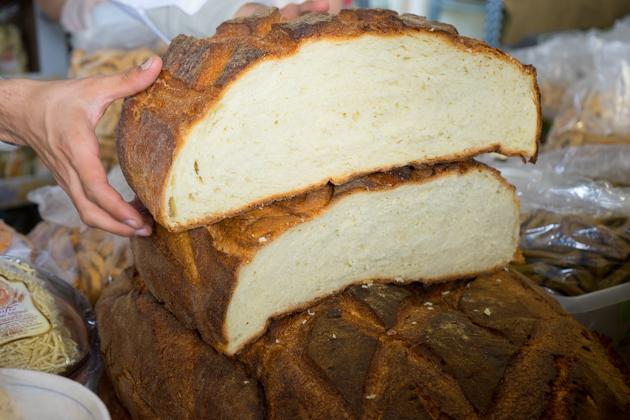 Extra-large Puglian bread