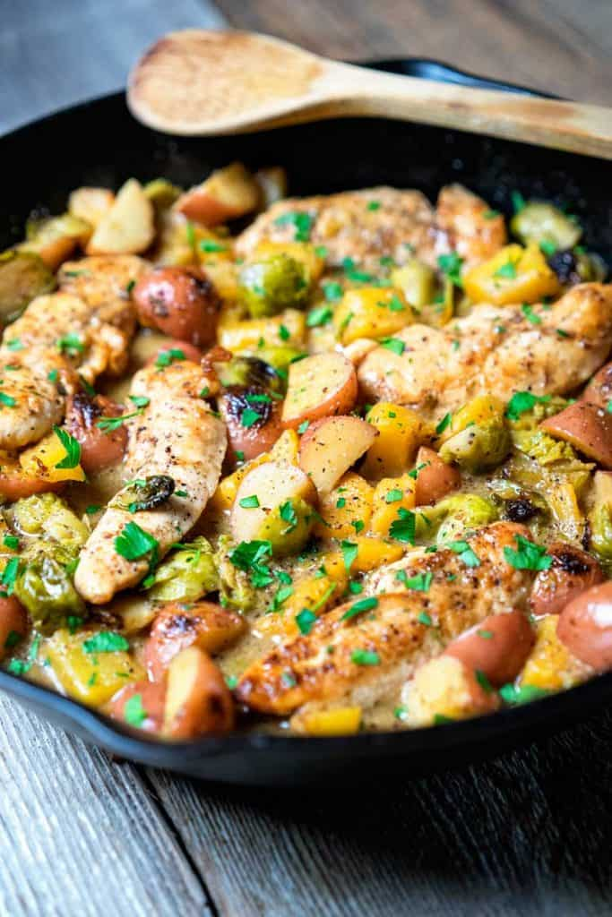 Chicken with Brussels Sprouts and Mustard Sauce