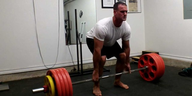 Stay Barefoot While Doing a Deadlift