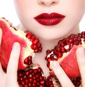 Benefits of Pomegranate For Skin