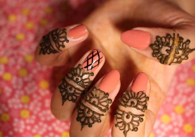 Semi-Circular Patterns for Fingers