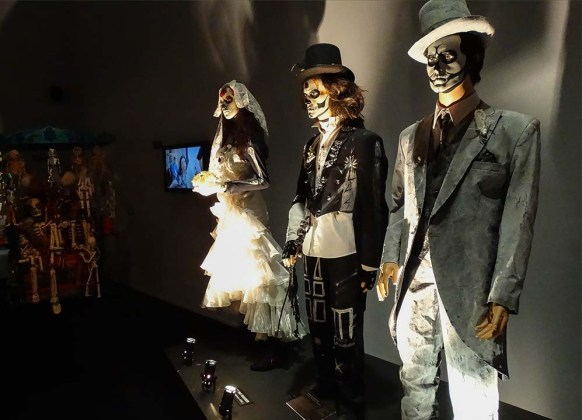 Day of the Dead Costumes 37