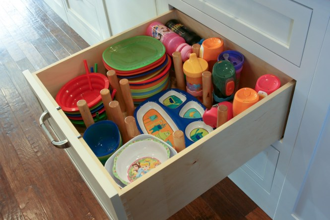 brown family kitchen kid drawer