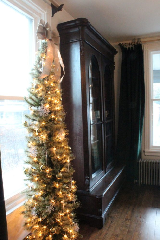 victorian christmas tour dining room