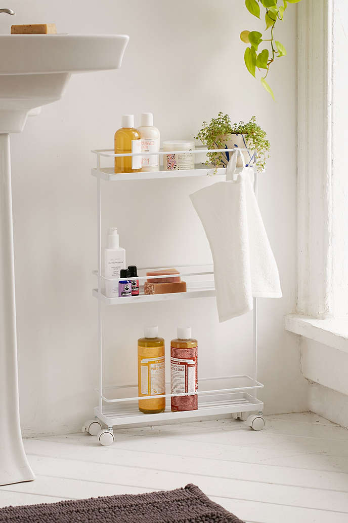 18 space-saving ideas for your bathroom - Living in a shoebox on Small Apartment Bathroom Storage Ideas  id=34111