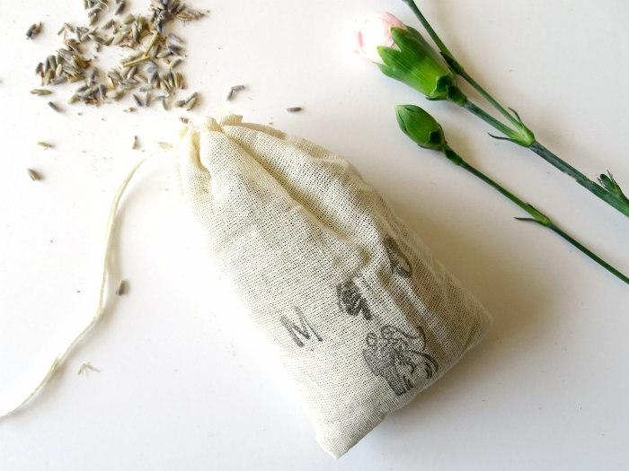 DIY Stamped Lavender Sachet Wedding Favors