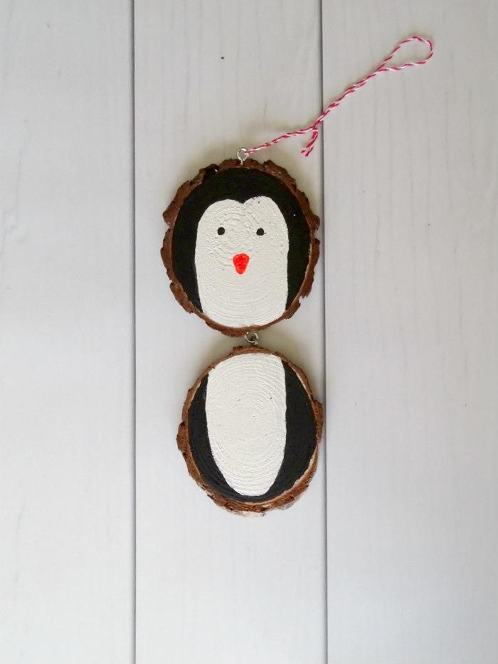 DIY Rustic Wood Slice Penguin Ornament