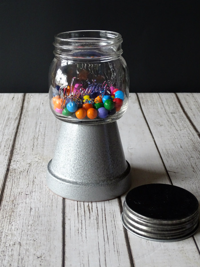 DIY Mason Jar Gumball Machine