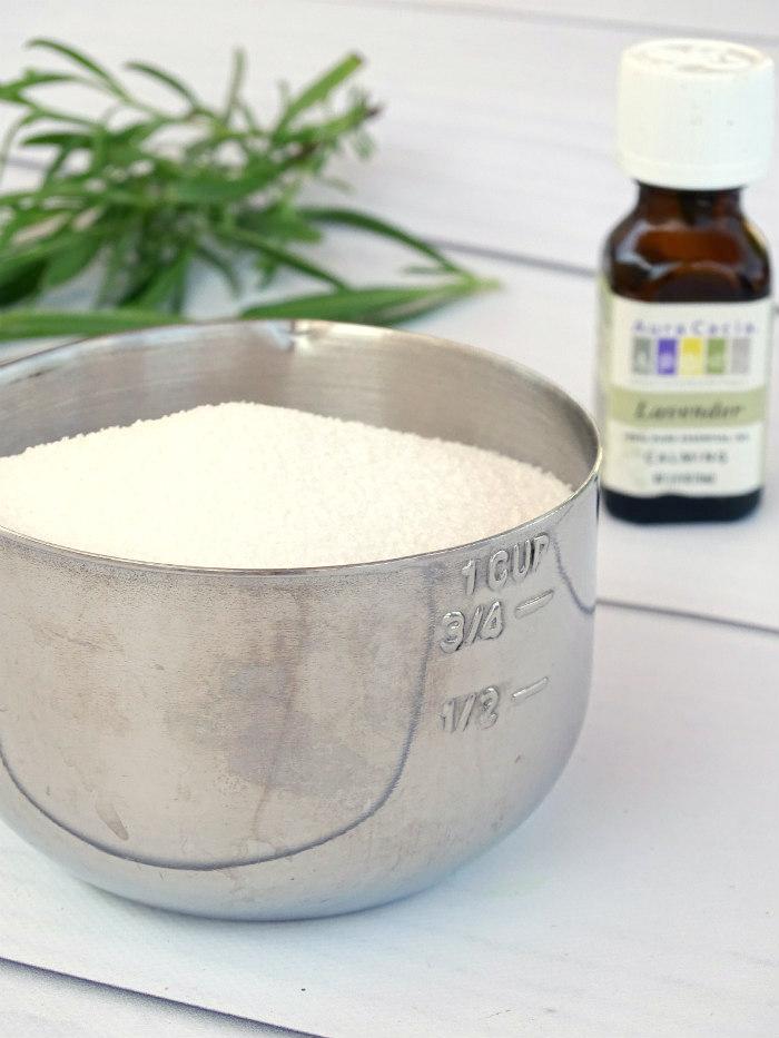 DIY Natural Lavender & Coconut Oil Sugar Scrub