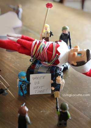 Elf on the Shelf Ambushed (Credit: livinglocurto.com)