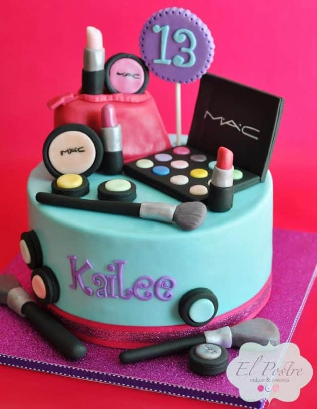Enjoy These Inspiring Fondant Cake Ideas