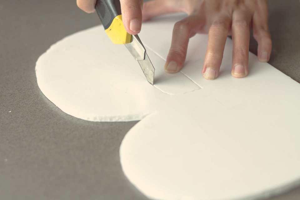 DIY-sibebo-paper-flower-monogram-for-livingloving-6