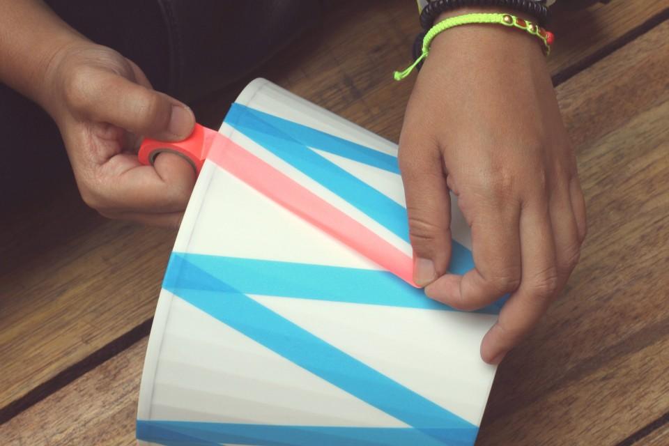 DIY-contributor-masking-tape-lamp-hertiana-4