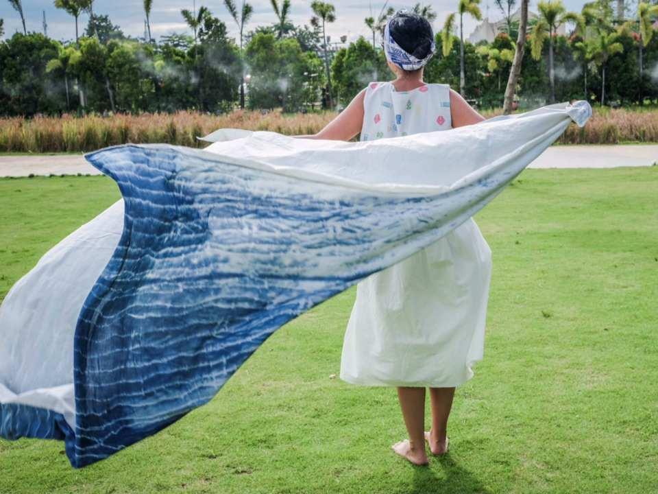 diy-shibori-picnic-rug-by-fika-julia-livingloving-1
