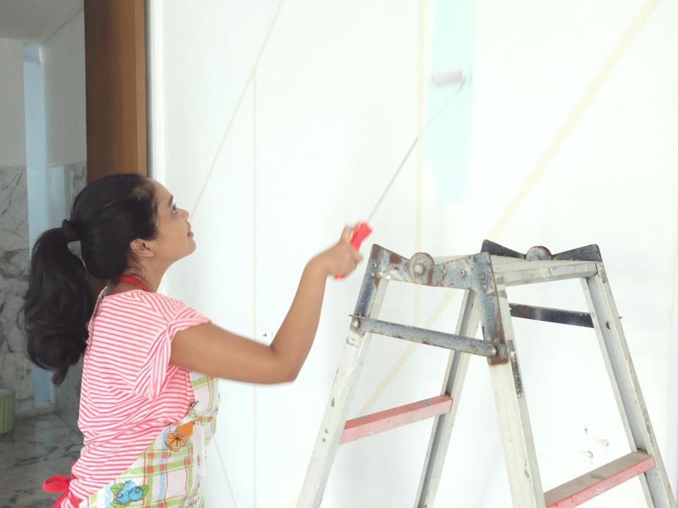 DIY-decor-color-block-wall-living-loving-5
