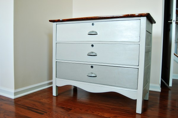 Living on Saltwater - Guest Room Dresser Chalk Paint, French Linen, Annie Sloan, Ombre