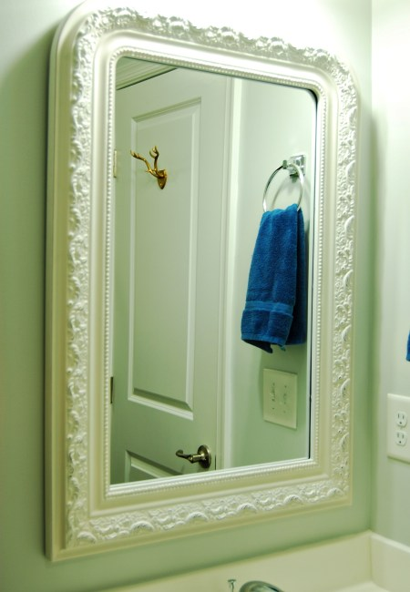 Living on Saltwater - Guest Bathroom Update - Mirror - Antler Hook