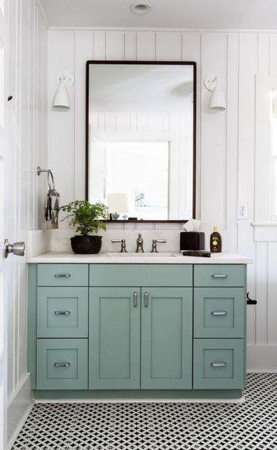 Living on Saltwater - Bathroom Inspiration