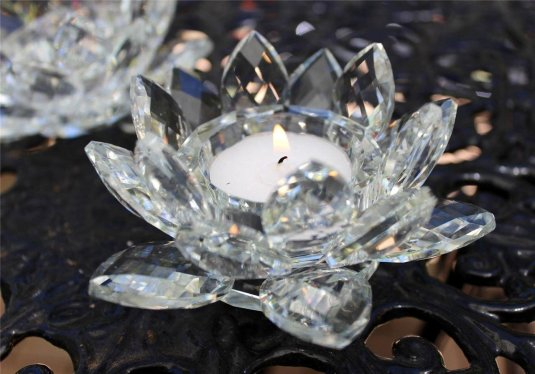 """Amlong Crystal Clear Crystal Lotus Candle Holder 4.5"""" in Gift Box"""