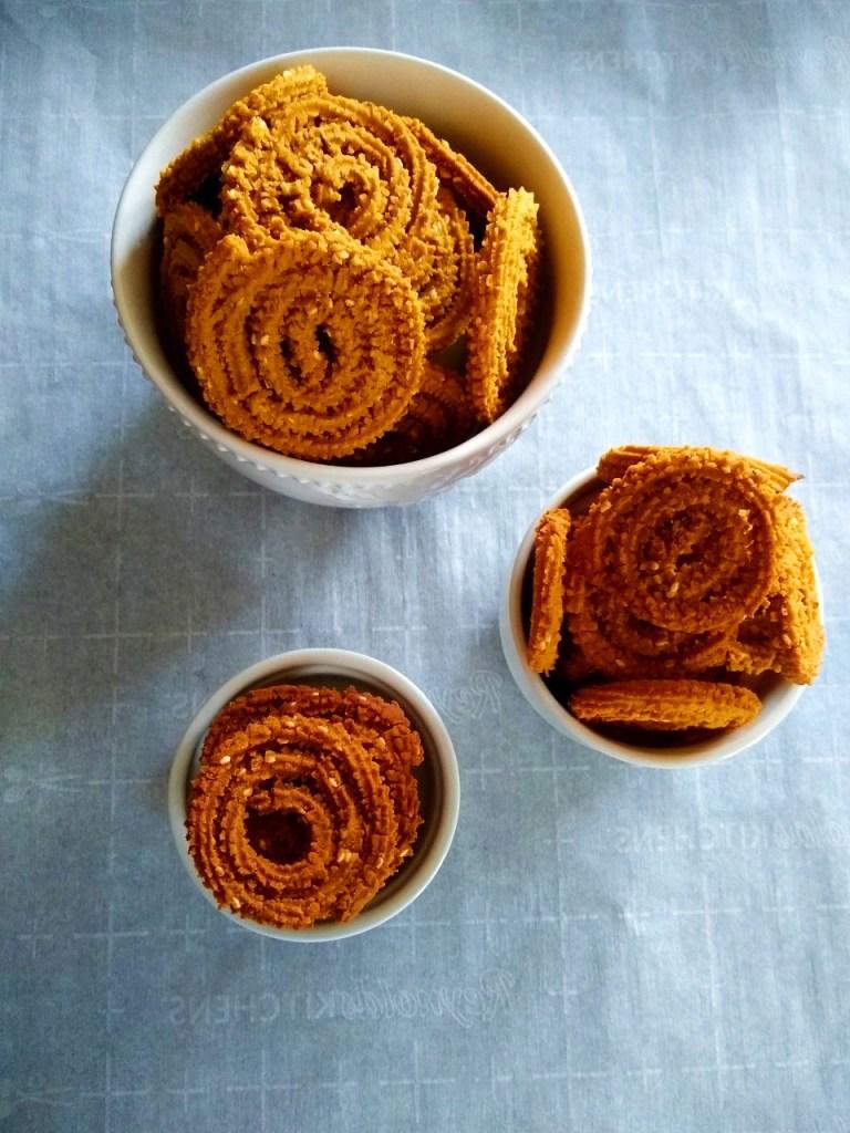 Chakli Murukku - Instant Pot Mealthy Crisplid, Air Fryer, Oven baked