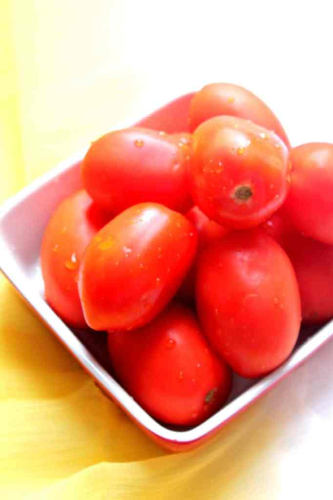 Tomato Ketchup with fresh tomatoes