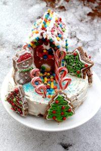Gingerbread Winter Wonderland Cheesecake – Instant Pot, Oven