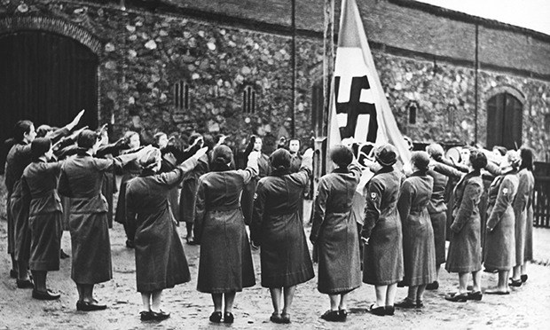 German women saluting Nazi flag