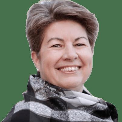 Liz portrait removebg - Living Well Services